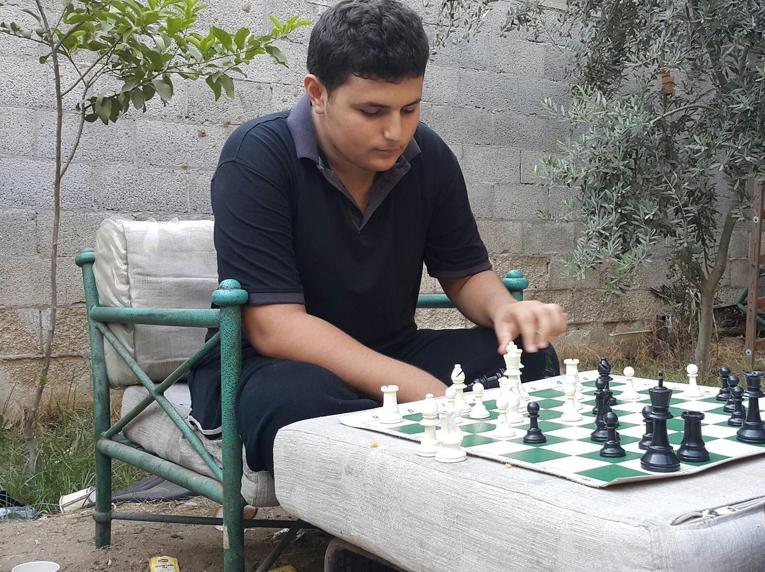 Bashar playing chess